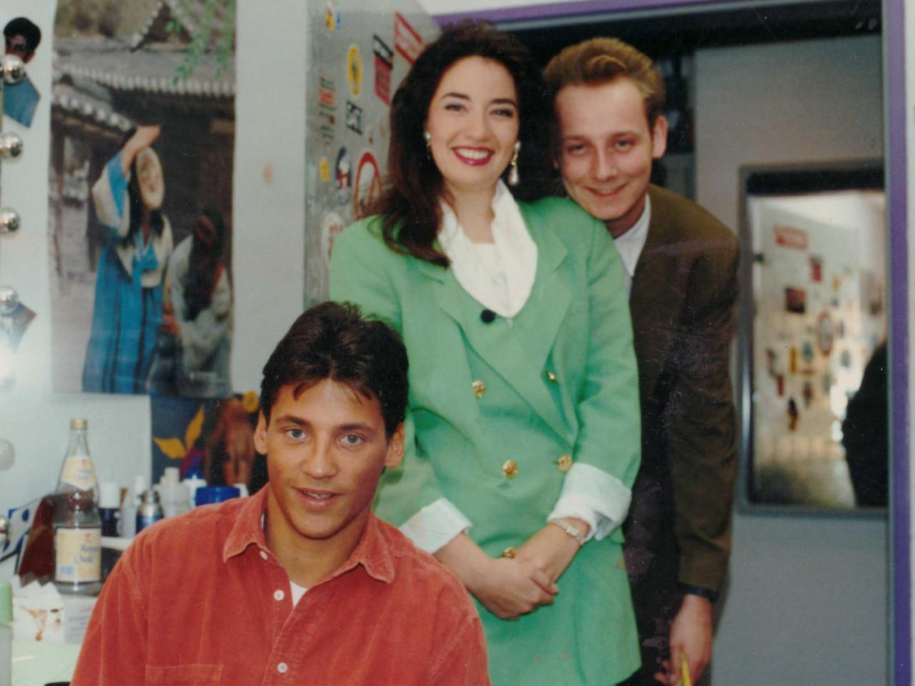 Jungredakteur Oliver Gäbel mit Sat.1 Wetterfee Corinna Wolters und TV-Star Patrick Bach (1992)